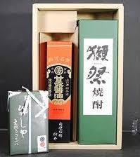 ふるさと納税のプレミアム焼酎(甘露醤油と翁あめと獺祭焼酎セット)