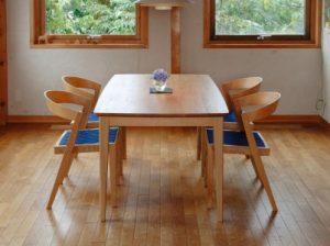 ふるさと納税のダイニングセット(テーブル椅子6脚セット)