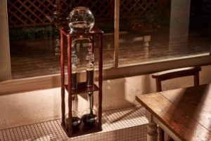 ふるさと納税のコーヒーメーカー(HARIO 天然木使用のウォータードリッパー)