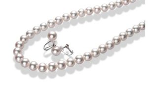 ふるさと納税で貰えるアコヤ真珠ネックレスセット(ARC-EN-CIEL)