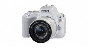 ふるさと納税で貰えるCanon一眼レフカメラ EOS Kiss X9 レンズキット